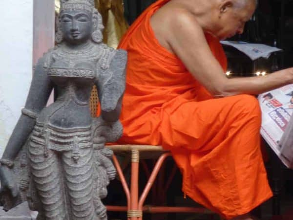 Gems Sri Lanka Tour Gallery monk