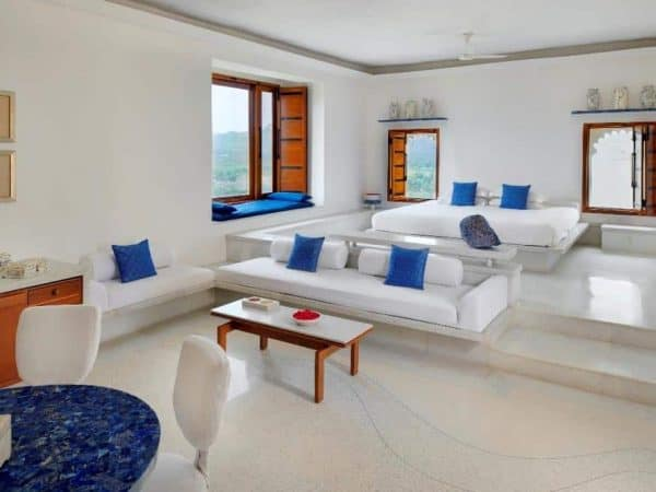 blue suite devigarh